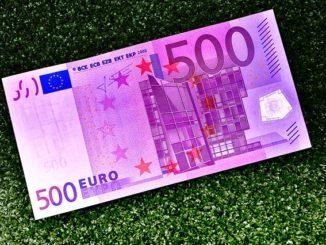 2.500 EUR in Bar zu gewinnen