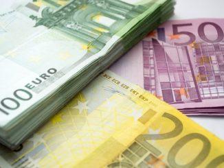 500 EUR in Bar zu gewinnen