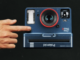Polaroid OneStep 2 Sofortbildkamera im Design der original OneStep von 1977